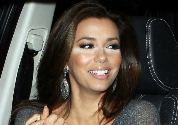 what-are-the-biggest-celeb-makeup-disasters-954015098-nov-15-2012-1-600x422