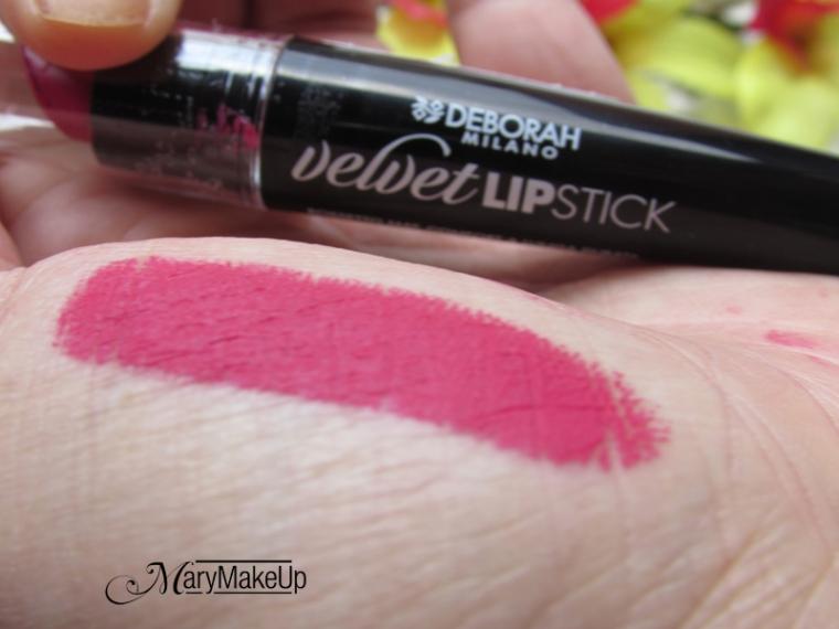 Deborah Velvet Lipstick in Boo Fuxia